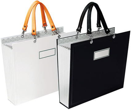 I D Originally Planned To Share The Audrey Five File And Eight Totes From Rus Hazel Which Came In Gloriously Chic Black White Designs